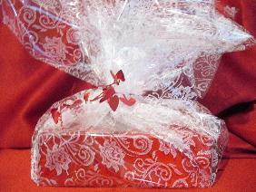 Elegant Lace Gift Wrap