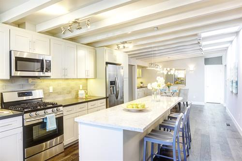 Kitchen: Campbell, California, Complete Interior Remodel