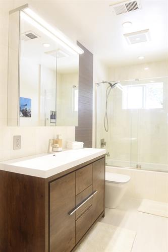 Bath: Mountain View, California Interior Remodel