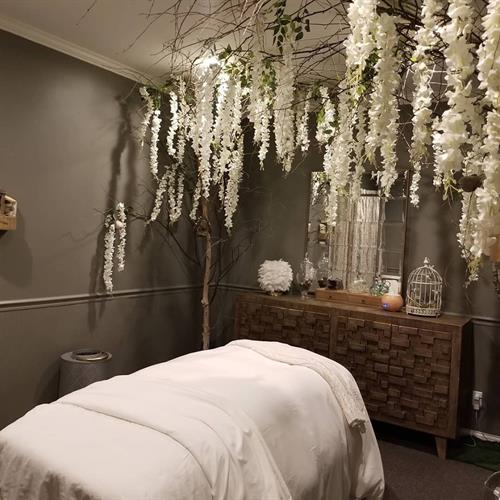 Welocme to out Nuture Nature room where you can experience some amazing healing therapies in here . We offer several different cupping treatments and Hot stone massage with our native Petoskey stones.