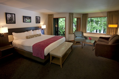 Lodging: Lakeside rooms. All newly renovated!