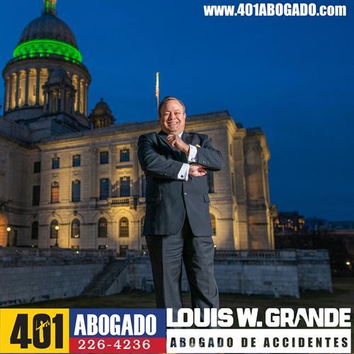 401Abogado Louis W. Grande Abogado De Accidentes
