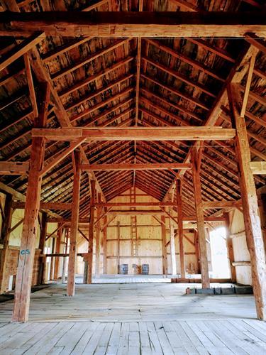 Gallery Image Interior_Barn_.jpg