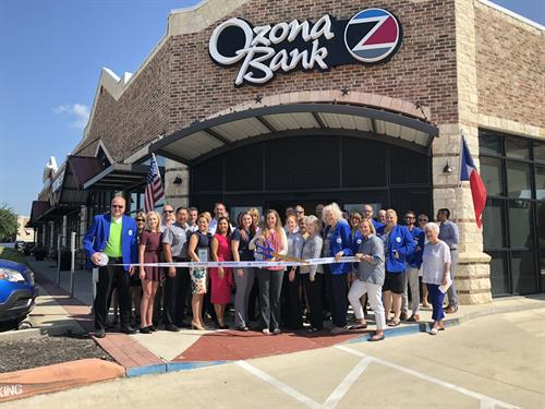 Ozona Bank's new location in San Marcos