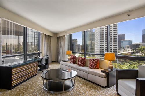 Vista Guestroom Suite