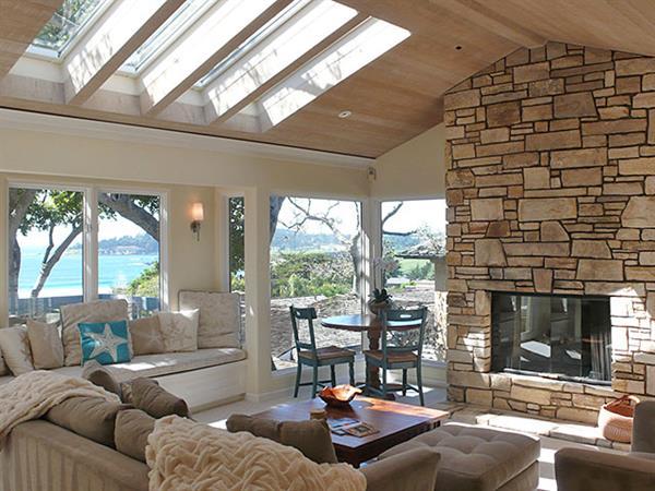 Gallery Image living-room.jpg