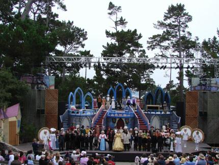 Gallery Image ForestTheater_BeautyandBeast.jpg