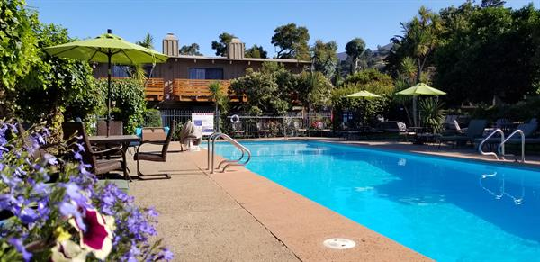 Spa and seasonally heated Pool