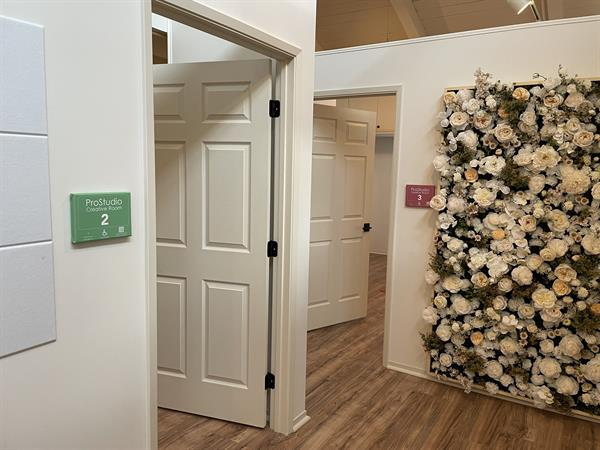 Splash Wall Corridor