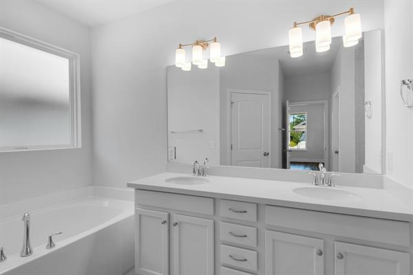 This Master Bath has it all!