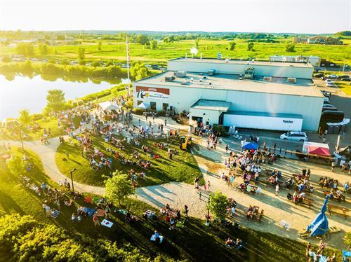 Gallery Image brewery_shot_.jpg