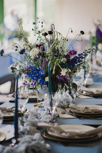 Summer Wedding Tablescape - Photo Credit: Amee Longpre Photography