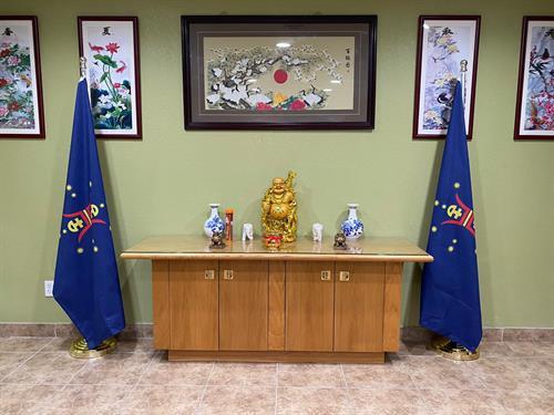 Gallery Image heshoutang_flags.jpg