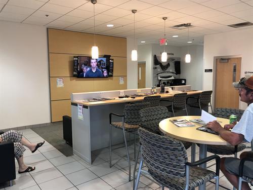 Heiser Chevrolet Cadillac Customer Lounge