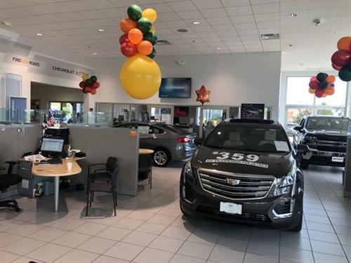 Heiser Chevrolet Cadillac Showroom