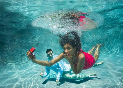 Engagement Photgraphy - Underwater Photography