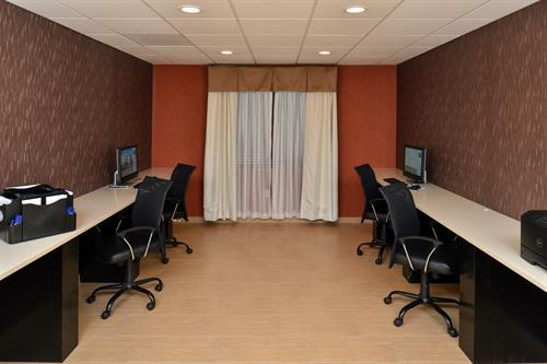 Our Business Center is available daily for all your business needs to get through your work day.