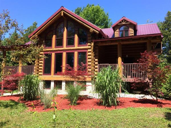The Laurels Log Home