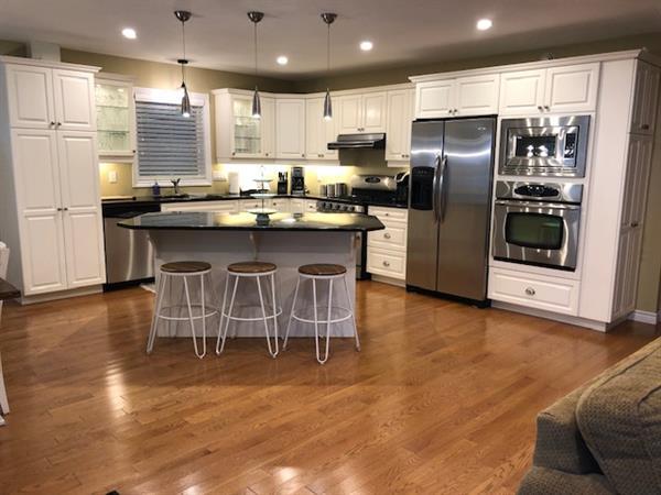 Gallery Image Kitchen_1B.jpg