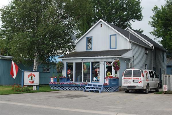 storefront at 582 Gusavus Street