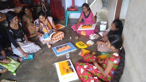 Women in Southern South Asia taking part in a partaicipatory training.