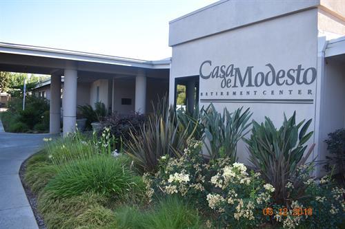 Gallery Image Casa_de_front.jpg