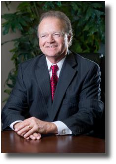 Bill Davis, Qualifying Broker | Chief Executive Officer