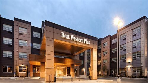 Best Western Plus Sawridge Suites
