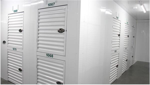Clean Facility with 10 different size units