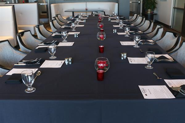 Gallery Image Table_1912_Private_Dinner.jpg