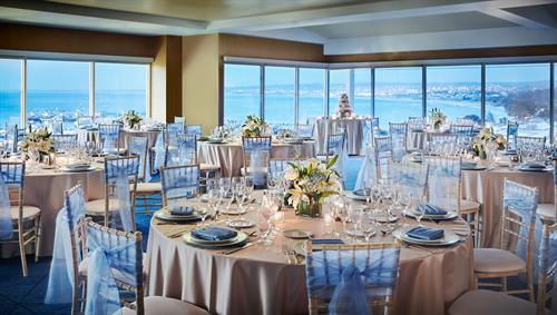 Ferrantes Bay View - Monterey Marriott