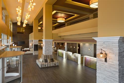 Lobby - Monterey Marriott