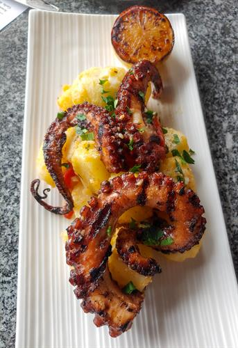 Grilled Octopus e Potatoes