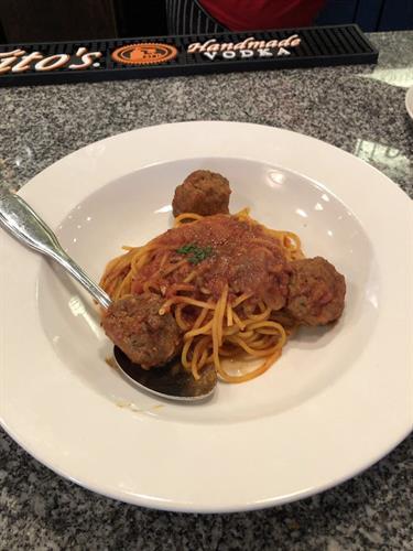 Spaghetti e Meatballs