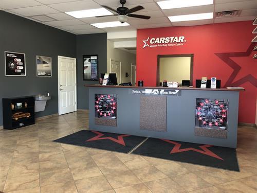 CARSTAR Quality Collision frontdesk