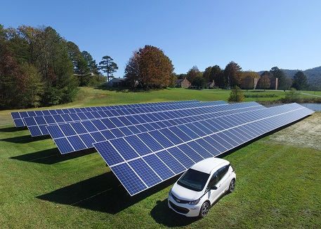 Community solar gardens offer Blue Ridge Energy members easy access to solar energy without the upfront cost and ongoing maintenance of rooftop solar.