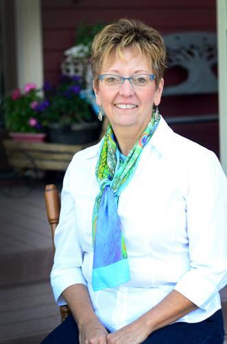 Tamara Claflin, Broker