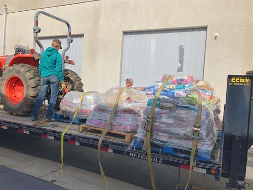 Sending pet food to help the Paradise fire victims