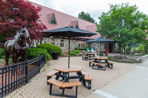 Gallery Image patio4.jpg