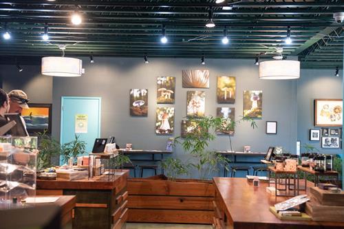 Gallery Image TH_interior_seatingarea_lobby-23.jpg