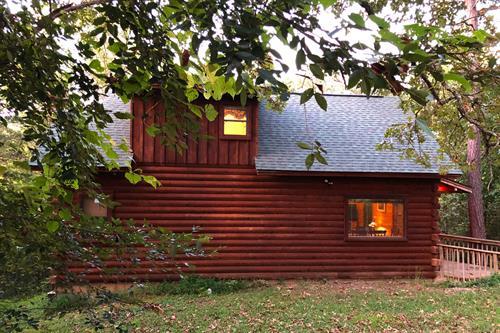 Shady Oak Cabin