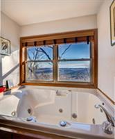 Jacuzzi with a Beaver Lake view