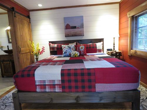 Red Cedar Cabin 7