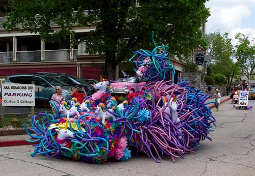 Artrageous Parade