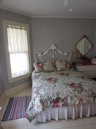 Apple Blossom Room