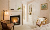 Chantilly Rose Room - Enjoy a Fire after you cool adventure!