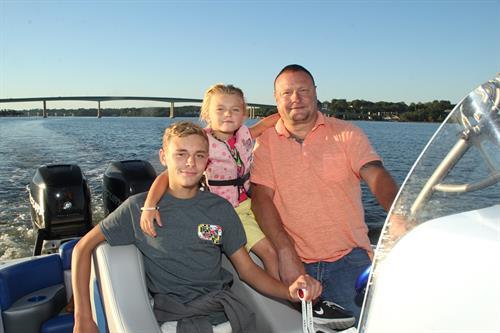 Boating- Family voyage