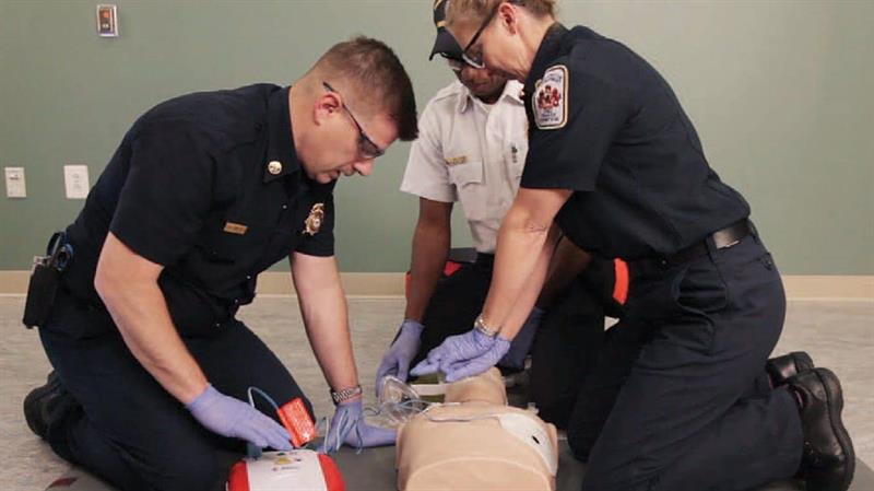 Basic Life Support training for professionals