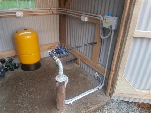 New bore hole pump installed on lifestyle block