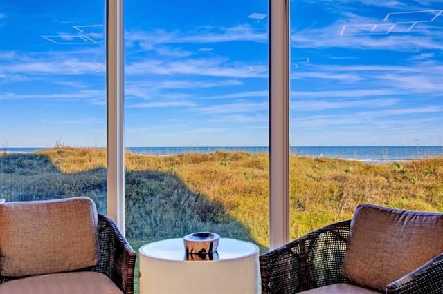Beautiful Beachfront Luxury